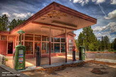 Old Gas station Bryce Canyon (Maarten Oedekerk) Tags: park old travel vacation usa station canon vakantie nationalpark canyon gas national bryce brycecanyon chevron hdr wwh reizen natuurpark hdraddicted 5dm2 5dmii