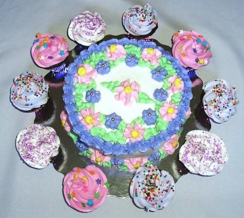 Mini cake and cupcakes 1
