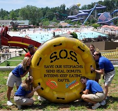 Holiday World interns beg for goodies