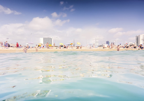 [Free Image] Event / Leisure, Sea, Beach, Sea Bathing, 201108081300