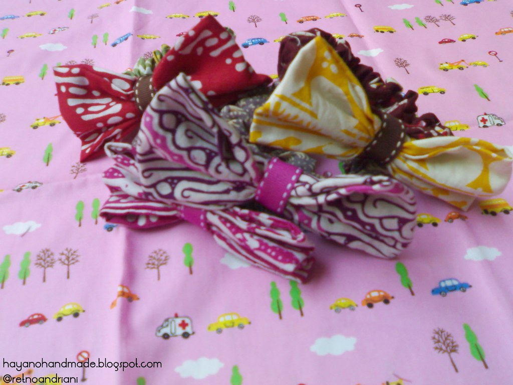 batik hairclip