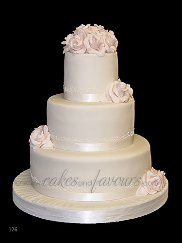 3 tier wedding cake stack