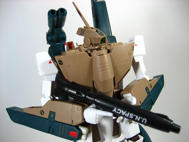 1/60 VF-1A Valkyrie Mass Production w/ Strike Pack