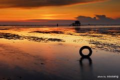 sunset beach (sousang) Tags: sunset cloud seascape reflection beach taiwan