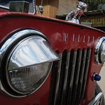 "Jeep <a style=""margin-left:10px; font-size:0.8em;"" href=""http://www.flickr.com/photos/14315427@N00/5924433802/"" target=""_blank"">@flickr</a>"