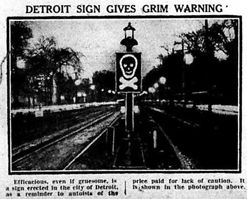 Detroit Sign Gives Grim Warning