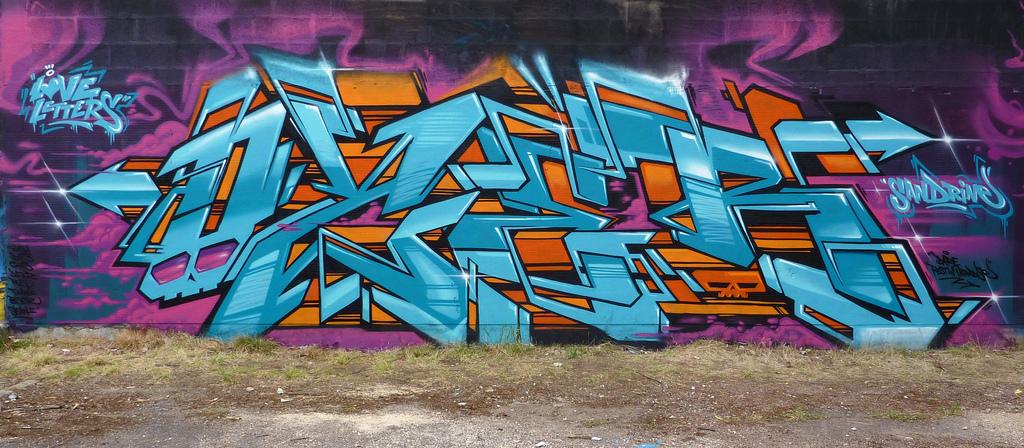 Ozer Graffiti Love Letters