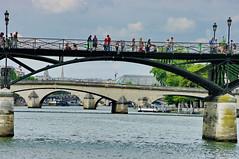 Paris, le Pont des Arts 2 (paspog) Tags: paris france cadenas arts pont locks pontdesarts abigfave gifrancejuly