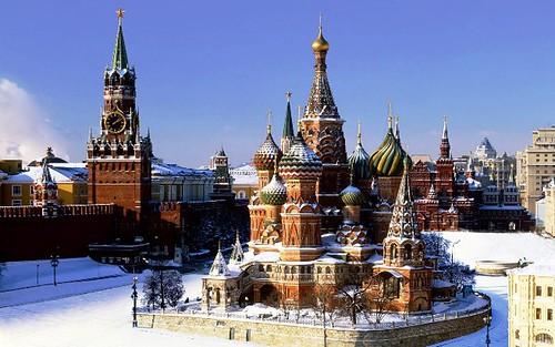 La Catedral en la Plaza Roja de Moscu nevada