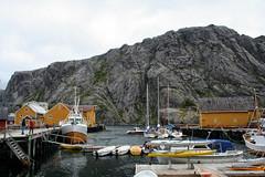 Nusfjord (larigan.) Tags: tourism boats lofoten touristattraction fishingvillage lofotenislands flakstad nusfjord rorbua larigan phamilton unrecognisablepeople fishermensshacks ginordic1 unescoculturalprotectionproject