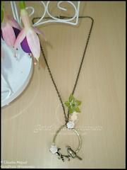 "Colar ""Singing Bird"" (coleco Primavera-Vero) (GataPreta Artesanato) Tags: vintage necklace beads handmade crafts artesanato bijuteria colar"