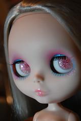 custom resin eye chips