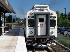 Wilsonville Bound (Patrick Dirden) Tags: railroad oregon train rail pacificnorthwest wes trimet tigard commutertrain dmu washingtoncounty dieselmultipleunit tigardor westsideexpressservice coloradorailcar tmtc1001