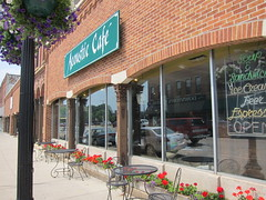acoustic cafe, winona mn (sassnasty) Tags: city minnesota river mississippi town winona mn
