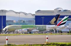 J.L. LAGARDRE flight line 27/07/2011 (A380spotter) Tags: uae airbus a380 ek toulouse sq 800 blagnac sia tls  flightline singaporeairlines a19 a17 emiratesairline lfbo aroconstellation fwwsh fwwab standa17 standa19 a6edu msn0082 msn0098 9vskr jllagardre