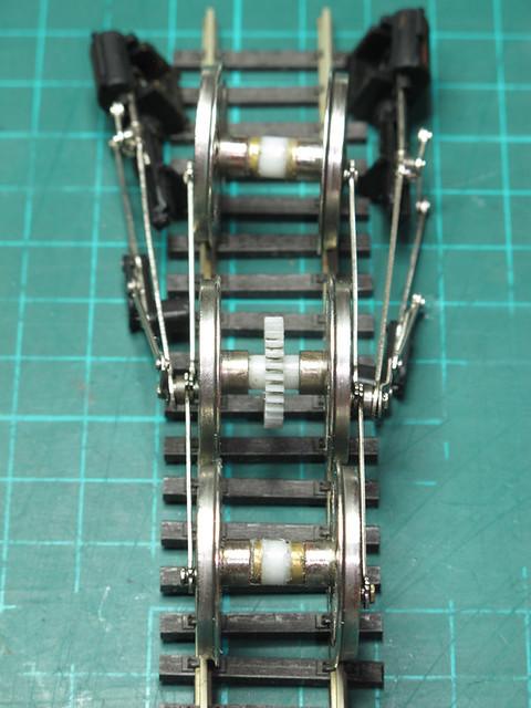 Bachmann split-chassis axle repair method - The LNER Encyclopedia