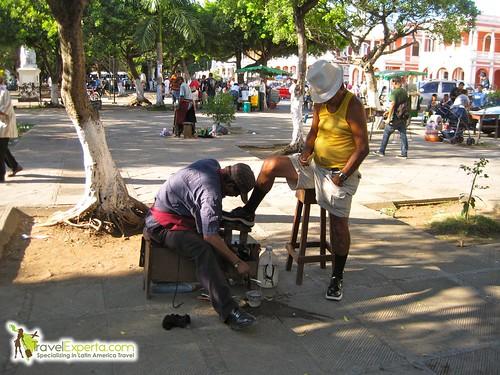 Granada Nicaragua Central Park Daily Life Shoe-shining