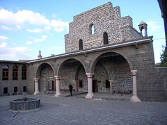 "Marienkirche in Diyarbakir • <a style=""font-size:0.8em;"" href=""http://www.flickr.com/photos/65713616@N03/5991273558/"" target=""_blank"">View on Flickr</a>"