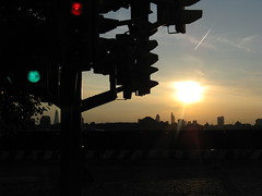 Green, Red, Amber (Kevan) Tags: sunset contrail trafficlighttree pierrevivant theshard