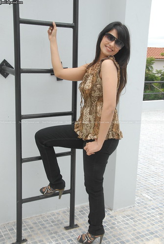 Saloni Photoshoot 88