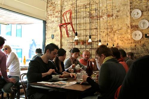Porgie communal table