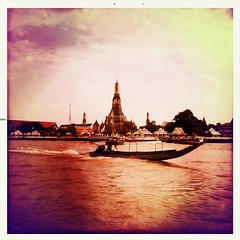 Wat Arun (AleKsFlower) Tags: thailand bangkok thai watarun chaopraya  krungthepmahanakhon krungthep