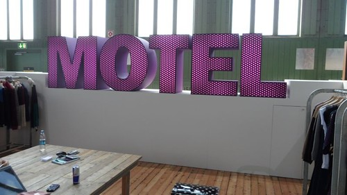 6 Motel