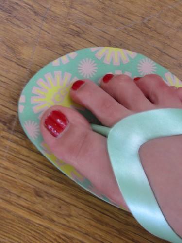 Ugg flip flops