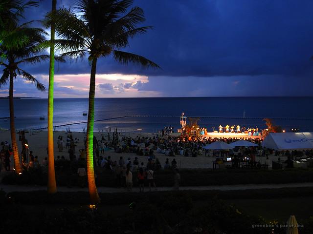 最終日夜のステージ2(ムーンビーチ・ルアウ2011)