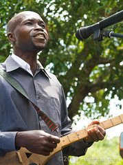 Worship Leader w/ Homemade Traditional Baoul Guitar (whaun) Tags: music guitar brobo ivorycoast baoul kouakoukouadio