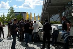 Ampera vor dem Adam Opel Haus