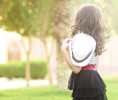 (Ebtesam.) Tags: red sun sunlight girl dress outdoor saudi arabia 18 ebtesam nikond7000