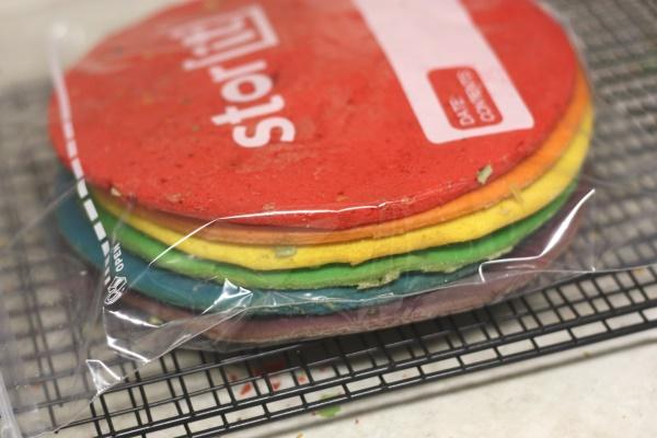 Rainbow Cake, 1