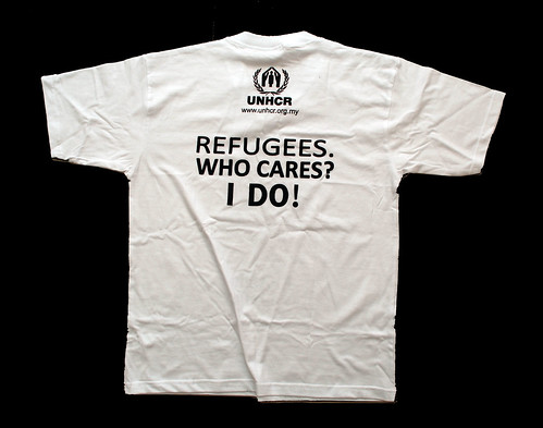 Albert Einstein caricature printed on UNHCR T-shirts  for World Refugee Day - 5