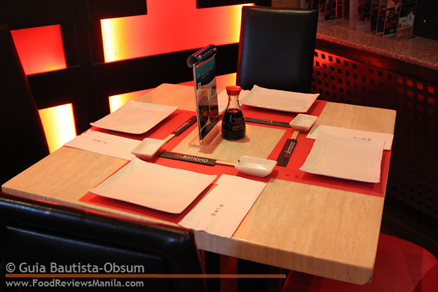Red Kimono dining table