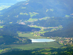 Pressegger See (vom Dobratsch aus) (HausTatschl) Tags: austria countryside österreich kärnten carinthia alpen gailtal hermagor kaernten presseggersee