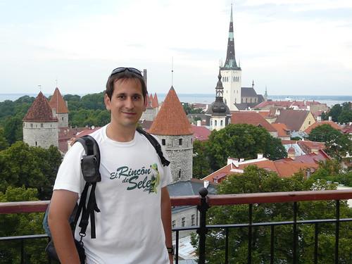 En uno de los miradores más famosos de Tallin, el patkuli