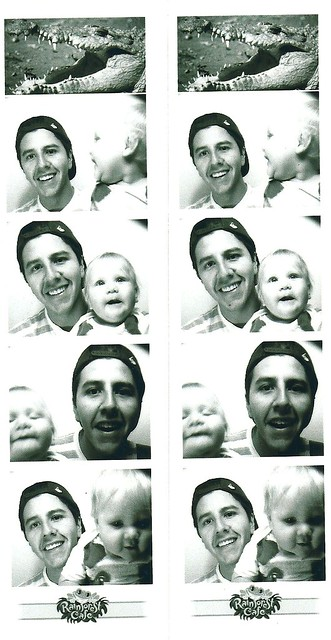 photobooth amos and dad