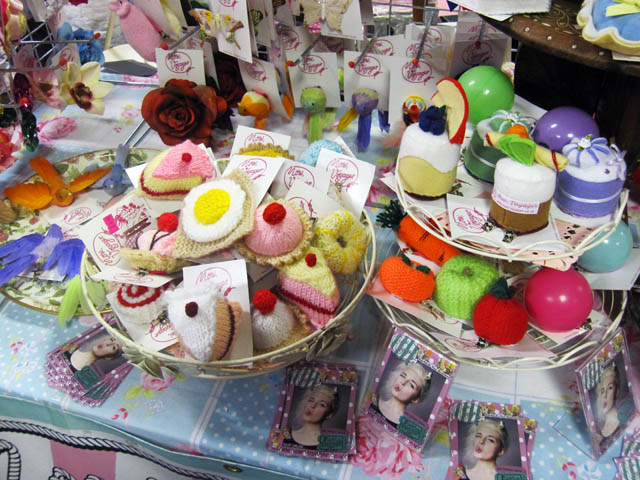 hyper japan knitted food
