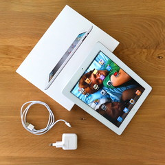 White iPAD2 (iBSSR who loves comments on his images) Tags: new white apple computer jobs steve websites experience ceo lighter lovely tablet wit introducing named  facetime thinner faster ipad oneofthebest twocameras jacksonpollockorg ipad2 theipad 10hourbattery bssrstudio