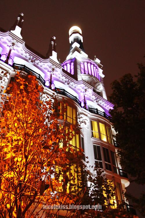 light building