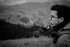 Elia (Legnetto) Tags: man pipe young smoking alpini smoker nebbia pioggia montagna calda fatica passo grazia canti cioccolata grandine pipesmoker scalata nuvolau corvara campolongo scarponi sassongher