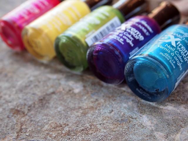 colour therapy : nail polish