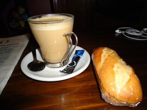 Zaragoza | The Clipper | Bocata y Café
