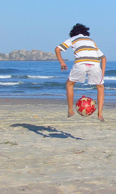 Bola e praia 3