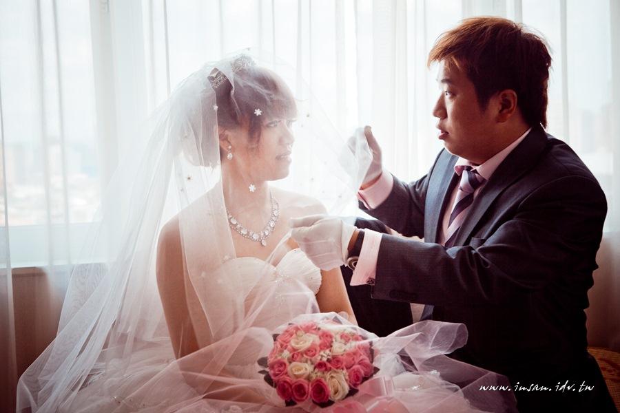 wed110619_539
