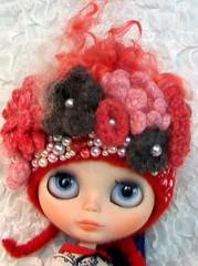 Elifins hat on Poppy