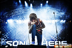 Bring Me The Horizon (Mathieu EZAN) Tags: show france english colors festival lights concert nikon oliver gig scream singer 2011 deathcore bringmethehorizon olisykes d700 sonisphere mathieuezan