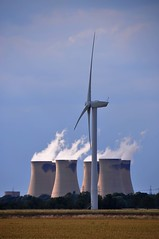 Drax Cooling Towers Wind Turbines Little Airmyn East Y