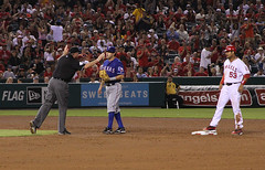 Kinsler argues with umpire